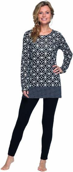 Pyjama van Pastunette, zwart-wit met print.  #sleepwear #pyjama #goodnight #nachtmode #mode #fashion http://www.lingerie-athome.nl/pastunette-pyjama-zwart-wit