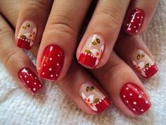 Christmas Nails Designs on Red Polish and Red French Tips Red Nail Designs, Simple Nail Designs, Mani Pedi, Pedicure, Red Nails, Hair And Nails, Geometric Nail, Flower Nails, Cookies Et Biscuits