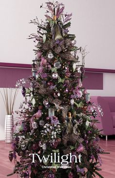 25 Christmas Tree Decorations, an integral part of the festival - MeCraftsman Purple Christmas Tree, Christmas Tree Design, Beautiful Christmas Trees, Christmas Tree Themes, Elegant Christmas, Noel Christmas, Holiday Tree, Christmas Tree Decorations, Christmas Tree Ornaments