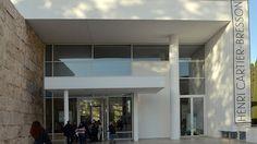 Fianco a fianco al Mausoleo di Augusto, poche vetrate sotto la grandiosa Ara Pacis, all'interno dell'omonimo museo romano, potete ammirare fino al 25 Gennaio, una sequenza dai grandi numeri di fotografie del celebre Henri Cartier-Bresson. Provenienti dalla fondazione parigina a questi dedicata, …