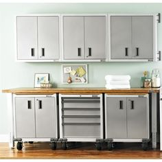 Choose From Our Selection Of Modular And Wall Cabinets.