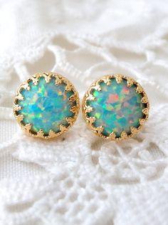 Mint opal stud earrings | Opal stud earrings by EldorTinaJewelry | http://etsy.me/1F37rHr