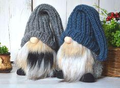 Christmas Gift For You, Christmas Gnome, Knitting Needles, Knitting Yarn, Swedish Tomte, Good Luck Gifts, Scandinavian Gnomes, Thick Yarn, Tray Decor