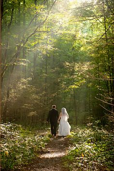 "#ForeverLoveGburg | Smoky Mountain wedding ""Like"" us on www.facebook.com/ReaganResorts for interesting images and great deals in Gatlinburg! Call 1-800-933-8674 to book your rooms today!"