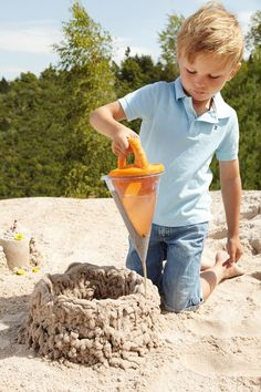 Haba Sand and Water Play Spilling Funnel XXL | Entropy