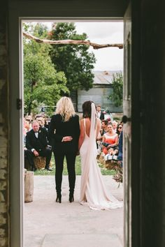Wholesome Countryside Wedding via The LANE www.fantailproductions.com