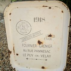What to do with a rusty old tray!!! www.savvycityfarmer.com