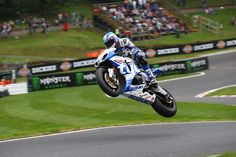 Alex Lowes got his home round off to a flying start as he prepares to challenge for victories in the Bank Holiday Monday round of the MCE Insurance British Superbike Championship at Cadwell Park as the Samsung Honda rider headed off the challenge from title rival Josh Brookes in free practice.
