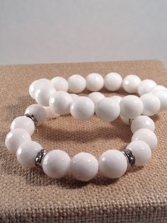 White agate stretch bracelet set. By Vella&Ro House of Jewelry