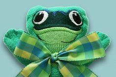 Green Tree Frog Security Blanket, Lovey Blanket, Satin, Baby Blanket, Stuffed Animal, Baby Toy - Cus