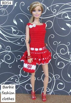 Irresistible Crochet a Doll Ideas. Radiant Crochet a Doll Ideas. Barbie Clothes Patterns, Crochet Barbie Clothes, Crochet Dolls, Crochet Skirts, Cute Crochet, Beautiful Crochet, Fashion Dolls, Fashion Outfits, Fashion Clothes