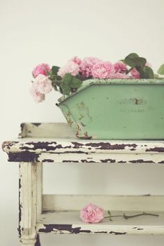 Shabby Chic Decor stylish and splendid tips - Creatively shabby images. simple shabby chic decor fun and brilliant suggestion ref posted on this day 20181225 , Rose Cottage, Shabby Chic Cottage, Vintage Shabby Chic, Shabby Chic Homes, Shabby Chic Decor, Vintage Decor, Shabby Bedroom, Vintage Green, Shabby Chic Interiors