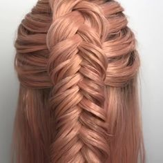 tutorial videos diy lovely hairstyle hairdo braid gorgeous stunning perfect haircut hair color long hair stylish classy elegance short The post Dutch Fishtail Tutorial appeared first on Hair Styles. Side Braid Hairstyles, Teen Hairstyles, Straight Hairstyles, Amazing Hairstyles, Hairstyles For Medium Hair, Elvish Hairstyles, Hairstyle Book, Mermaid Hairstyles, 1960s Hairstyles