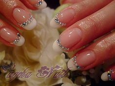 Would be lovely wedding nails