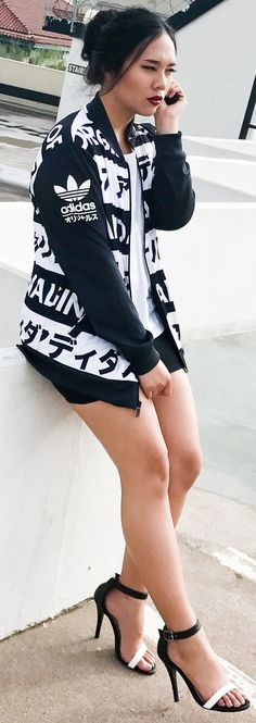 Shop the look: Chloe Mini Faye Purse dupe: $48.99, American Apparel T-shirt: $8.51, Cotton Mini Skirt: $5.99, High Heel Strap Sandal: $12.99