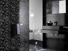 Creating A Stylish Bathroom Wall Tiles Design With Traditional Black ~ http://lanewstalk.com/creating-a-stylish-bathroom-wall-tiles-design/