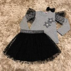 NEWS 😍❤️❤️❤️❤️ Conjunto do 1 ao 12 anos disponível  Compras pelo site www.babyminidiva.com.br Mommy And Me Outfits, Little Girl Outfits, Kids Outfits, Kids Party Wear Dresses, Dresses Kids Girl, Fashion Kids, Baby Boutique Clothing, Baby Dress Design, Birthday Girl Dress