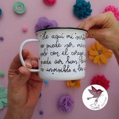 """351 Me gusta, 45 comentarios - Sol DecoHogar (@soldecohogar) en Instagram: """"""""He aquí mi secreto, que no puede ser más simple; solo con el corazón se puede ver bien, lo…"""" Mugs, Tableware, Instagram, Sun, Dinnerware, Cups, Tumbler, Dishes, Mug"""