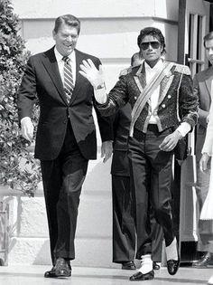 Former US President Ronald Reagan and Michael Jackson