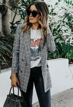 A New Addition To Our Handbag Collection - Plaid blazer outfit - Blazer Outfits Fall, Look Blazer, Casual Outfits, Plaid Blazer, Casual Blazer, Outfit Jeans, Summer Outfits, Statement Shirts Graphic Tees, Graphic Tee Outfits