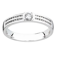 Diamantring i 18K guld Princess Cut 9a498a340ac94