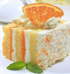Orange creamsicle cake Ingredients: 1 Pkg Yellow Cake Mix 2 Pk Orange Gelatin 1 Pk Vanilla Instant Pudding 1 Cup Milk 2 Grade A Large Eggs 2 Tsp Imitation Vanilla 1 Tub Whipped Topping Sweet Recipes, Cake Recipes, Dessert Recipes, Recipes Dinner, Dessert Healthy, Orange Recipes, Yummy Treats, Sweet Treats, Yummy Food
