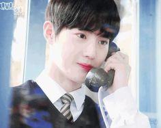 """Đây chính là """"thánh photobomb"""" nhà EXO với nghìn khoảnh khắc cười ra nước mắt - TinNhac.com Exo"""