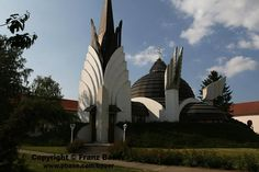 Csenger,church by Franz Bauer Church Architecture, Organic Architecture, Frank Lloyd Wright, Gaudi, Architecture Organique, Christian Church, Hungary, Castles, Cathedral