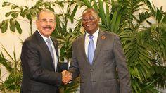 Armario de Noticias: Presidentes Danilo Medina y Jocelerme Privert deci...