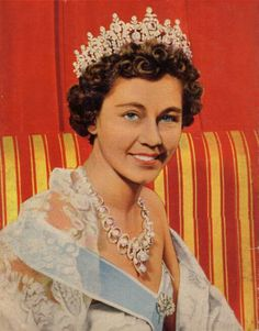 another early image Greek Royalty, Grand Duchess Olga, Diamond Tiara, Royal Jewelry, Sari, Jewels, People, Denmark, Image