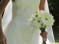 Bouquet de mariée Gerberas blancs, craspedias et gypsophile
