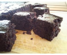 Delicious Easy Paleo Friendly Chocolate Brownies, made in the Thermomix/Bellini and cooked on the Weber Q!