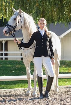 Though I'm not a fan of English riding, I have to admit I do like the English sense of style. :)