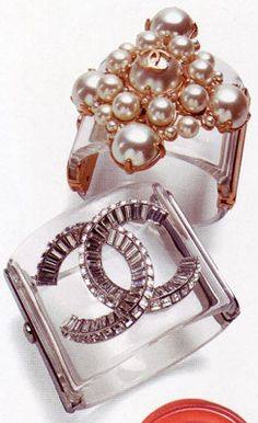 Chanel Pearl Cuff, photo courtesy of: Architectural Digest. bonconseil.us