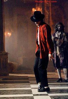 MICHAEL JACKSON - backstage Ghosts