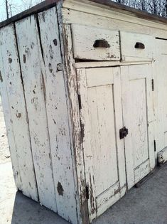 Found this blog through my friend Heidi's pins. I'm always drawn to old, chipped, shabby looking furniture like this...even though nothing in our home goes with that style!