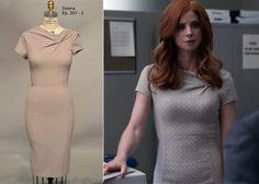 Donna In a Nina Ricci Dress ( Follow Klowee Hulbert on Pinterest)