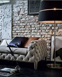 oversized floor lamp with in black looks very masculine