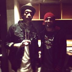 @realwizkhalifa collaborating with @maroon5