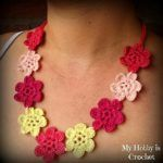 flower-necklace-hawaiian-dream-free-pattern-with-tutorial