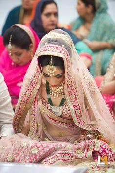 Bridal Wear - The Bride Sakshi! Photos, Hindu Culture, Beige Color, Bridal Makeup, Mangtika, Antique Jewellery pictures, images, vendor credits - Lakshya Manwani Photography, Weddingplz