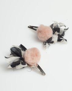Atsuyo et Akiko Ribbon Pompom Dot Barette