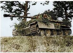 A Panther Ausf G with the panzer division (ghost division) near Lorraine, France during September 1944 in what was known as the Battle of Arracourt. Panzer Iv, World Of Tanks, Mg 34, Tank Armor, War Thunder, Tank Destroyer, War Photography, Ww2 Tanks, Battle Tank