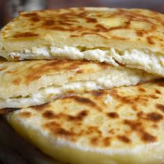 Cheese bread in a pan, Khachapuri - stuffed pancake . Bosnian Recipes, Croatian Recipes, Mexican Food Recipes, Vegetarian Recipes, Cooking Recipes, Queso Frito, Georgian Food, Middle East Food, Macedonian Food