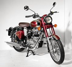 Retro bike - modern convenience and reliability, vintage style.