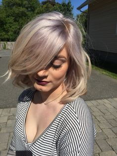 lavendersilver to achieve this look pre lighten hair to a level 10 - Coloration 60