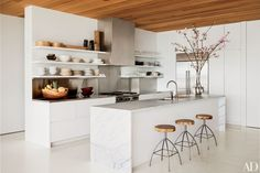 Shelf Ideas for Kitchen Decorating and Organizing Photos | Architectural Digest