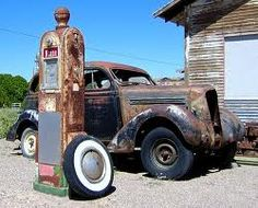 Vintage Gas Pump and Car In an old gas station in southern New Mexico.Out of gas and not going anywhere Old Gas Pumps, Vintage Gas Pumps, Rat Rods, Vintage Cars, Antique Cars, Southern New Mexico, Pompe A Essence, Auto Retro, Old Gas Stations