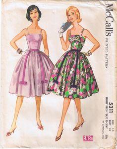 "Vintage 60s Easy Full Skirt Dress.  McCall's Sewing Pattern 5311.  Bust 38"".  http://www.ebay.co.uk/itm/121802170416?ssPageName=STRK:MESELX:IT&_trksid=p3984.m1558.l2649"