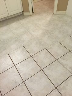 Custom Building Products Polyblend #10 Antique White 8 oz. Grout ...